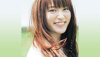 Mikako Komatsu 7th single with external bonus!